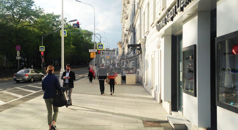 Аренда коммерческой недвижимости Никитский бульвар помещение для персонала Сыромятнический 4-й переулок